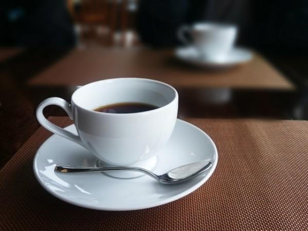 喫茶店で情報収集